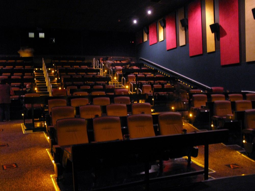 Amc dine in theaters photo gallery you don 39 t know New jersey dine in theatre