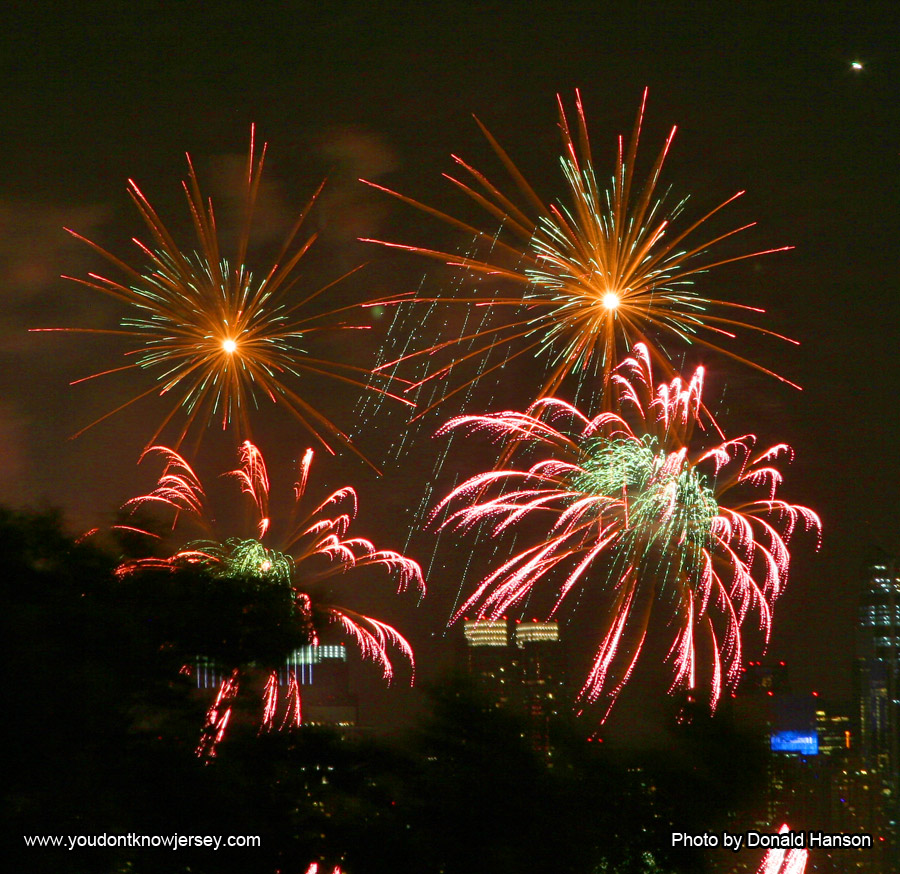 Macy's 2013 Fireworks_FW_8340