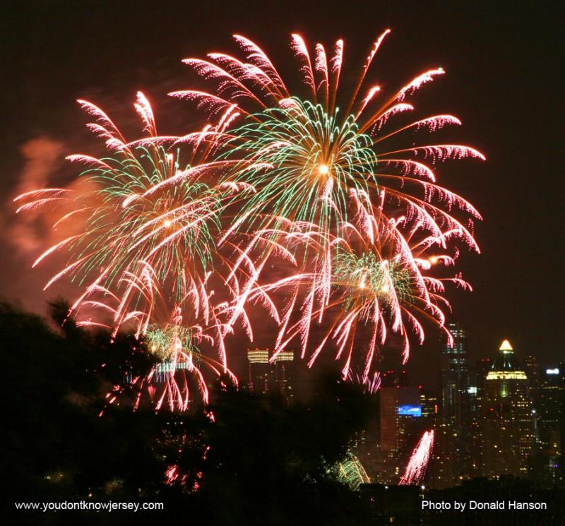 Macy's 2013 Fireworks_FW_8342a