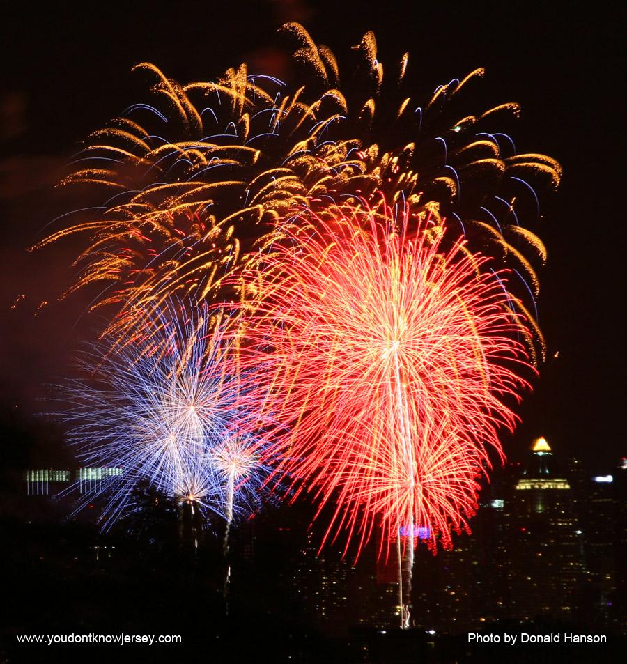 Macy's 2013 Fireworks_FW_8352