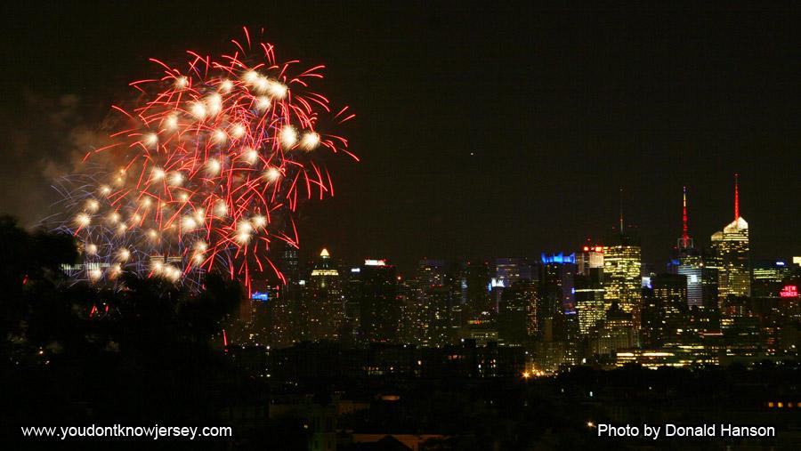 Macy's 2013 Fireworks_FW_8359