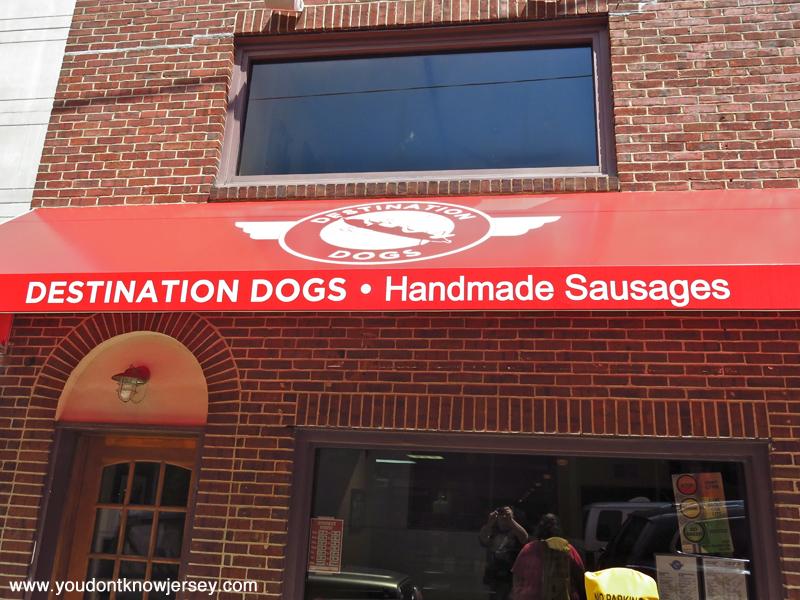 destinationdogs-2