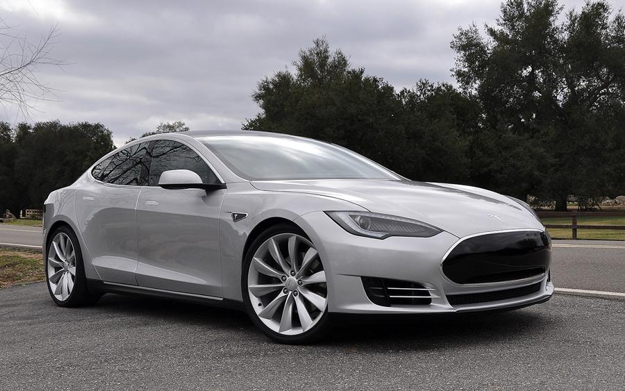 2012-Tesla-Model-S_SFW