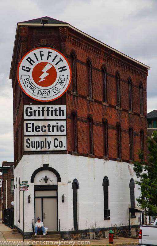 Griffith-1