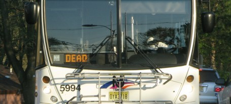 Signs_of_NJ_Bus_not_in_service_1406_SFW