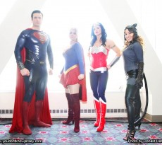 Cosplay_Group_DC_Superman_girl_WW_8656_working_cr