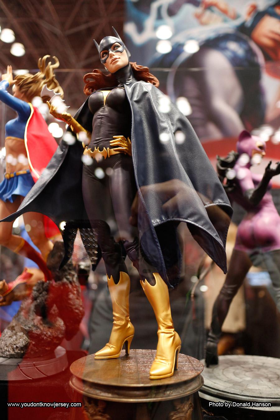 Batgirl_Sideshow_Toys_0263