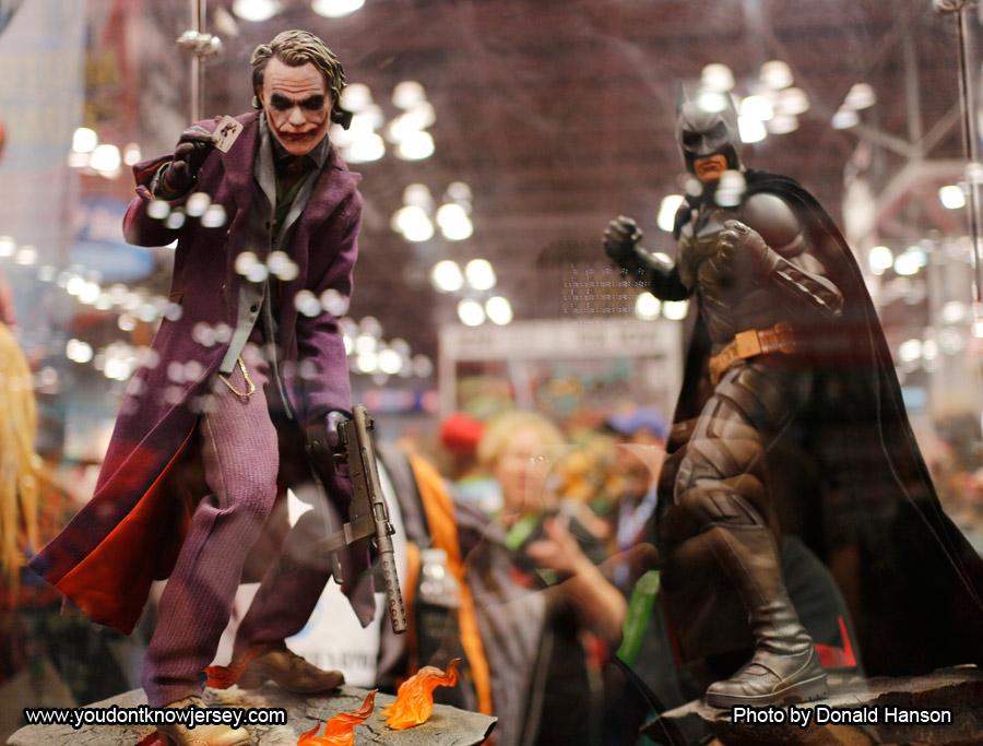 Batman_Joker_Sideshow_Toys_0297
