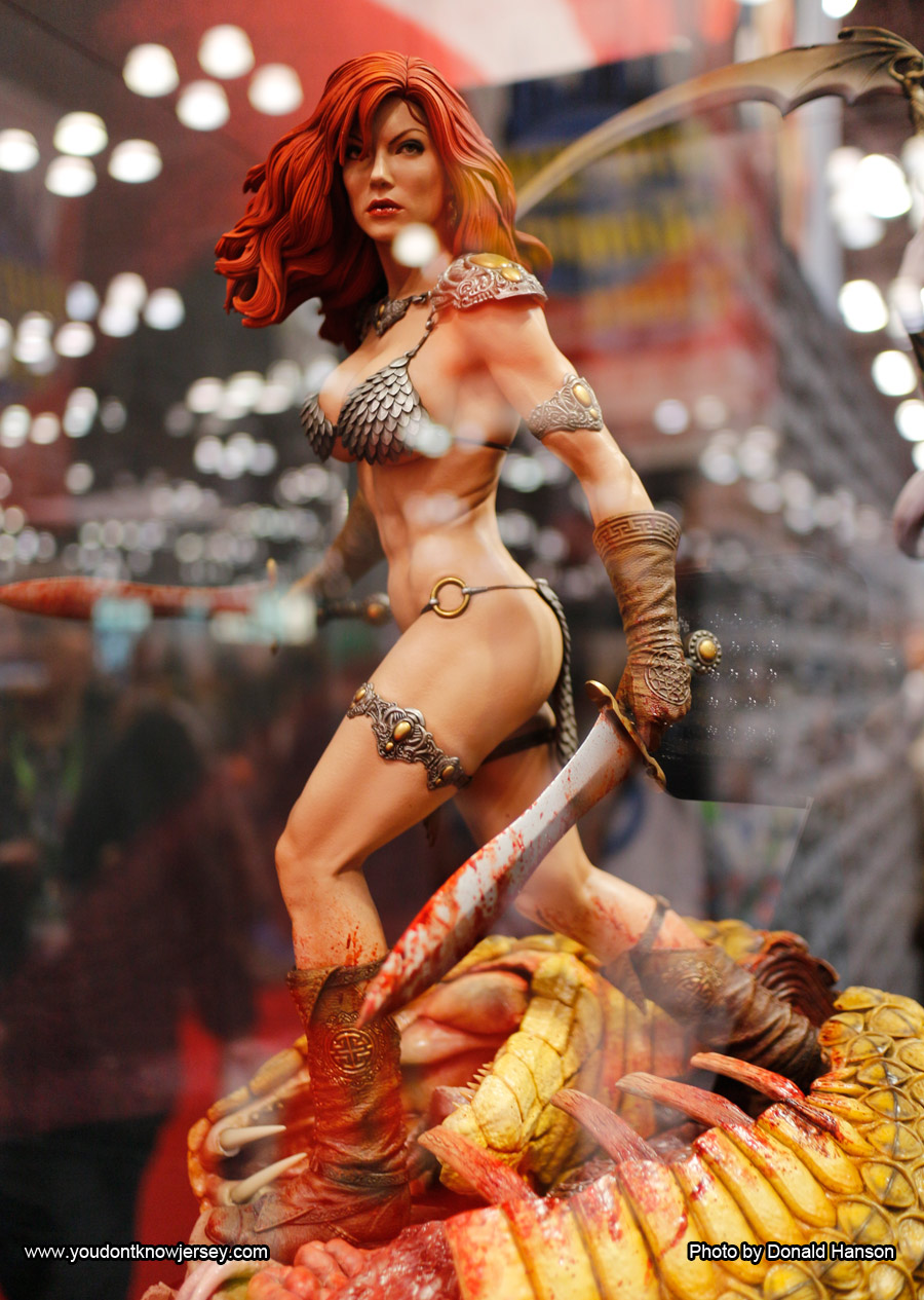 Red_Sonja_Sideshow_Toys_0304