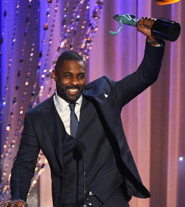 Idris-elba-oitnb-accepting-sag-awards_2016_SFW