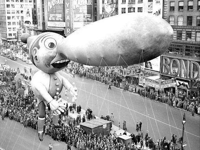 macy-thanksgiving-day-parade-1937-pinocchio-nyc